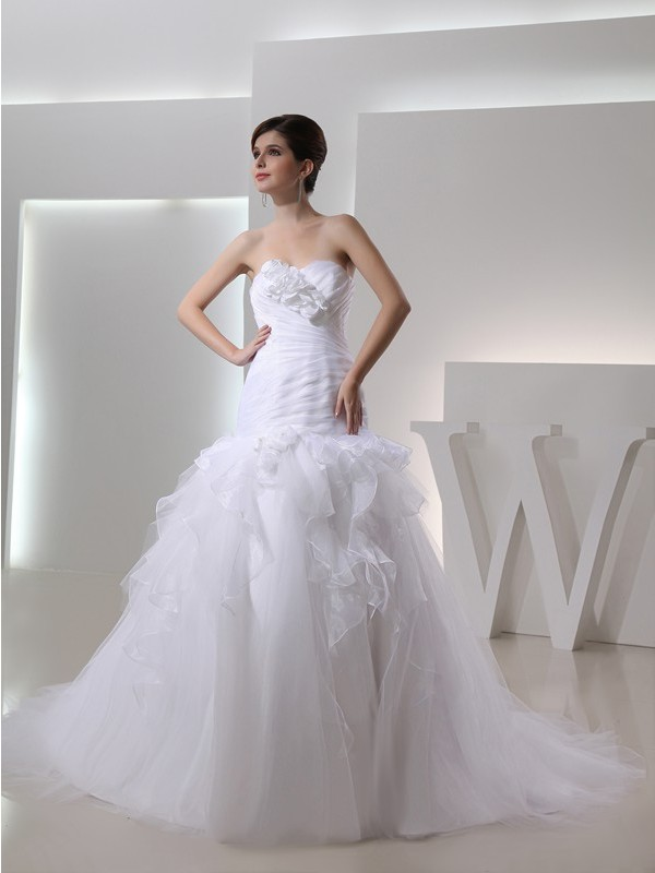 Trumpet/Mermaid Hand-Made Flower Sweetheart Sleeveless Chapel Train Organza Wedding Dresses