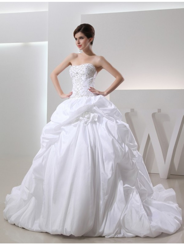 Ball Gown Beading Strapless Sleeveless Cathedral Train Taffeta Wedding Dresses