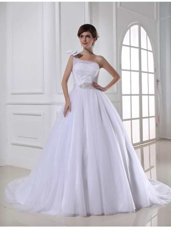 Ball Gown Beading One-Shoulder Sleeveless Chapel Train Tulle Wedding Dresses
