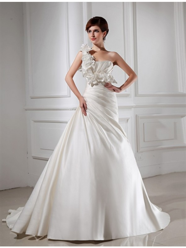 A-Line/Princess Hand-Made Flower One-Shoulder Sleeveless Chapel Train Satin Wedding Dresses