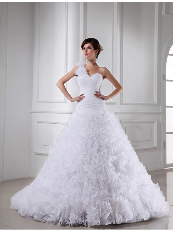 Ball Gown Beading Sweetheart Sleeveless Chapel Train Organza Wedding Dresses