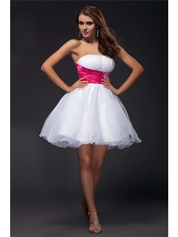 A-Line/Princess Beading Strapless Sleeveless Short/Mini Elastic Woven Satin Dresses