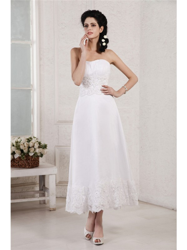 A-Line/Princess Beading Strapless Sleeveless Tea-Length Chiffon Wedding Dresses