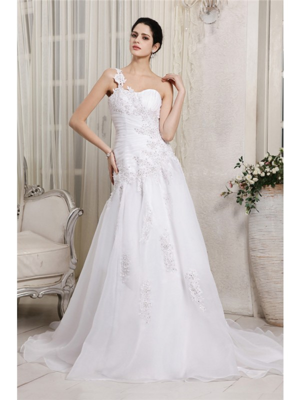 A-Line/Princess Beading One-Shoulder Sleeveless Chapel Train Organza Wedding Dresses