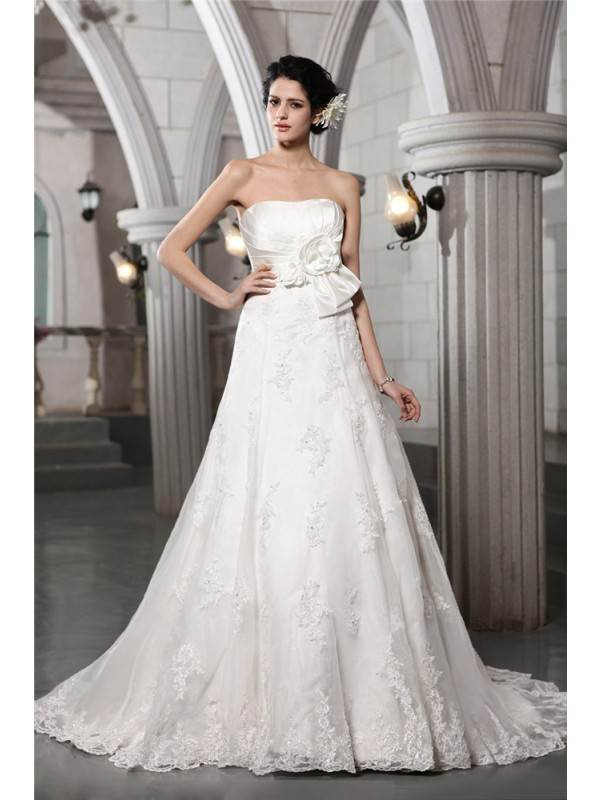 A-Line/Princess Beading Strapless Sleeveless Chapel Train Satin Wedding Dresses