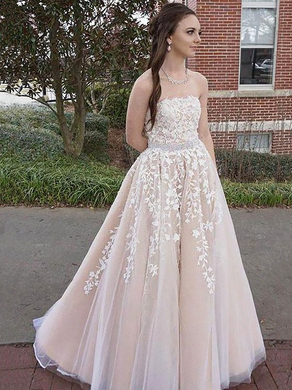 A-Line/Princess Applique Strapless Sleeveless Floor-Length Tulle Dresses