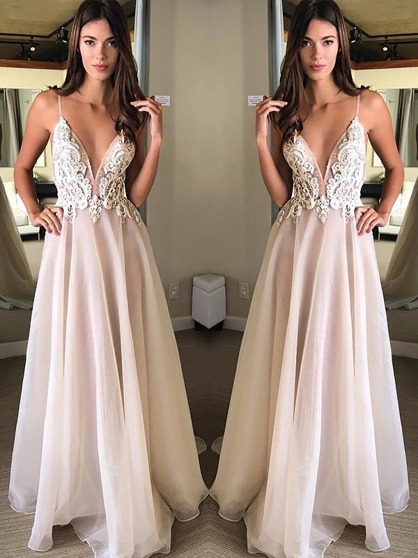 A-Line/Princess Applique Spaghetti Straps Sleeveless Sweep/Brush Train Chiffon Dresses