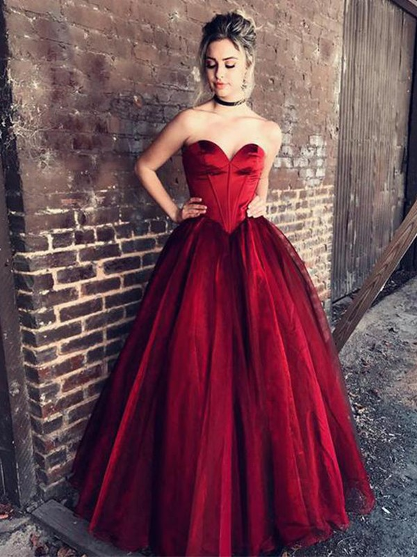 Ball Gown Ruffles Sweetheart Sleeveless Floor-Length Tulle Dresses