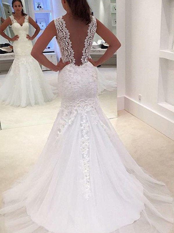 Trumpet/Mermaid Applique V-neck Sleeveless Court Train Lace Wedding Dresses