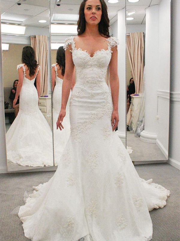 Trumpet/Mermaid Applique Sweetheart Short Sleeves Chapel Train Lace Wedding Dresses
