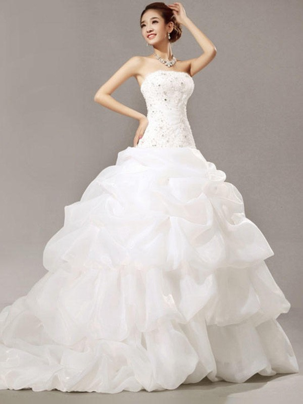 Ball Gown Beading Strapless Sleeveless Cathedral Train Organza Wedding Dresses
