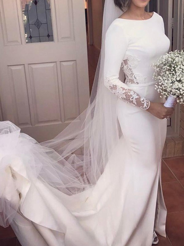 Trumpet/Mermaid Lace Scoop Long Sleeves Court Train Satin Wedding Dresses