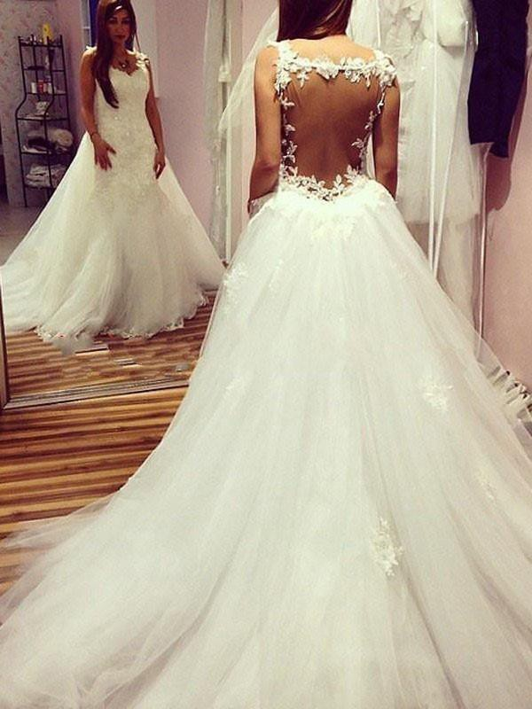 Ball Gown Applique Sweetheart Sleeveless Chapel Train Tulle Wedding Dresses