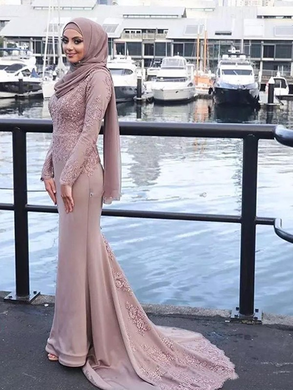 Trumpet/Mermaid Long Sleeves Scoop Sweep/Brush Train Applique Silk like Satin Muslim Dresses