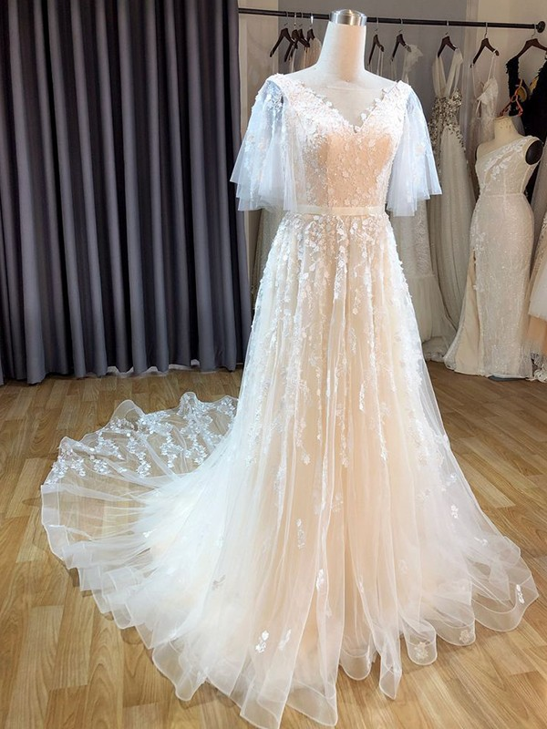 A-Line/Princess Tulle V-neck Short Sleeves Applique Sweep/Brush Train Wedding Dresses