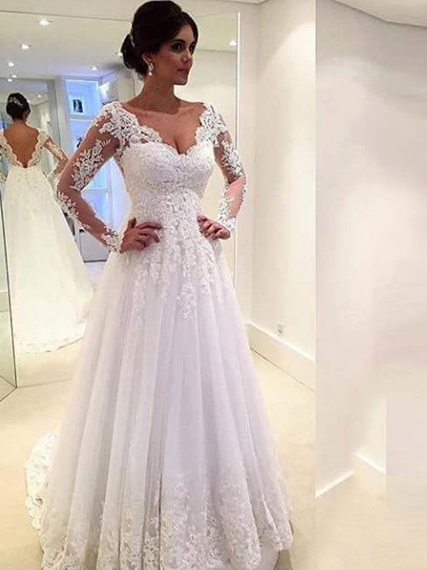 454d54c11d66 Ball Gown Lace V-neck Long Sleeves Sweep/Brush Train Tulle Wedding Dresses