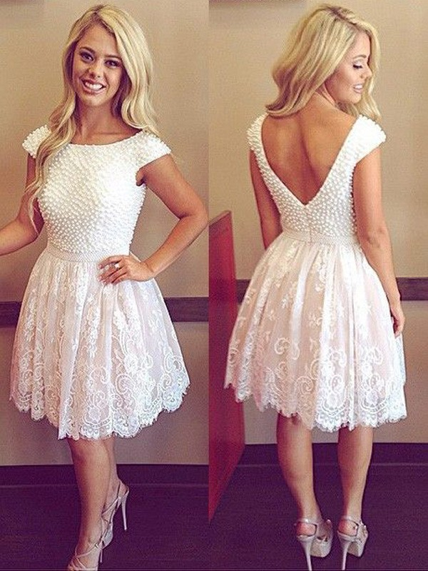 A-Line/Princess Pearls Scoop Short Sleeves Short/Mini Lace Dresses