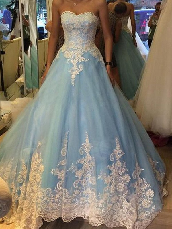 Ball Gown Applique Sweetheart Sleeveless Sweep/Brush Train Tulle Dresses
