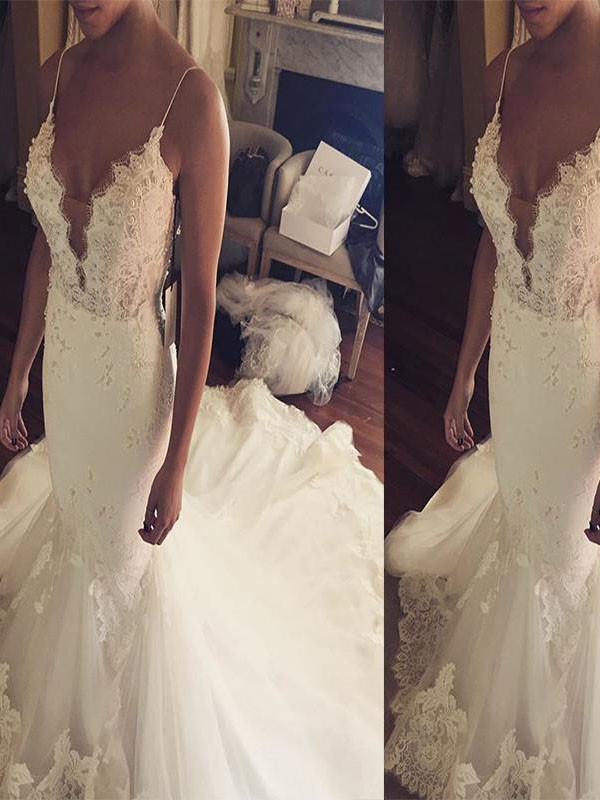 Trumpet/Mermaid Spaghetti Straps Sleeveless Court Train Tulle Wedding Dresses