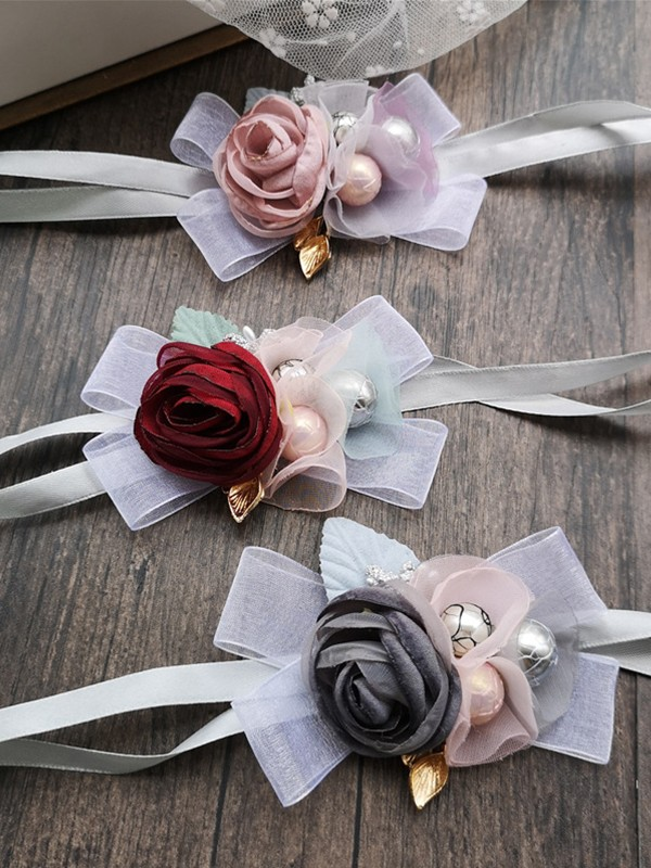 Gorgeous Cloth Wrist Corsage