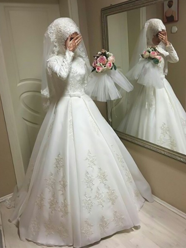 Ball Gown Jewel Long Sleeves Floor-Length Bowknot Tulle Wedding Dresses