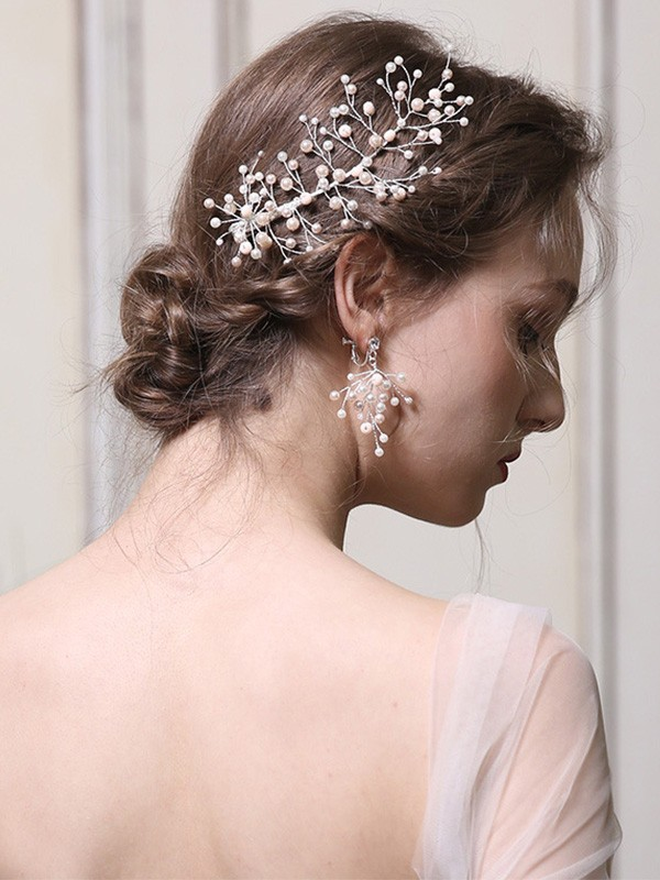 Fascinating With Pearl Alloy Headpieces
